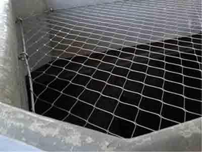 地铁井口不锈钢丝绳防坠落网 ,徐州安装中